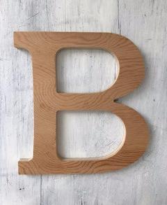 Lettre en bois : customiser ou laisser brut