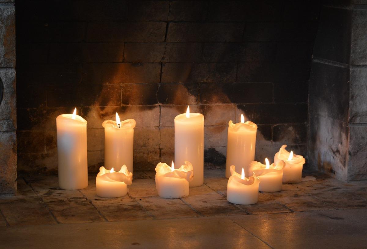 Créer une belle ambiance avec des bougies
