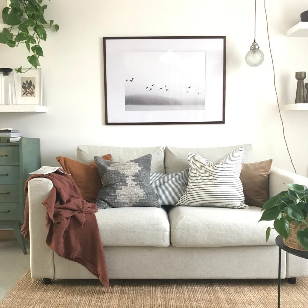 Décoration d'un salon moderne, cosy, éclectique, chaleureux.